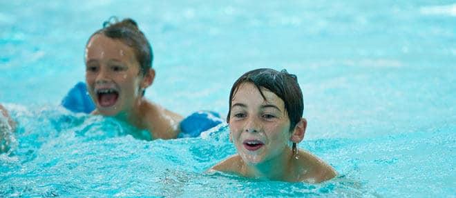 Apprentissage de la natation - Centre aquatique de l'Île Verte - Piscine à Hirson
