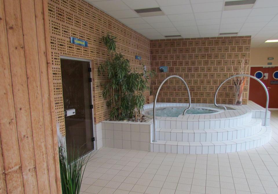 Balneothérapie - Centre aquatique de l'Île Verte - Piscine à Hirson